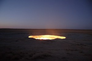 darvaza-turkmenistan-door-to-hell-01